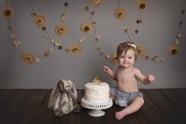 Vancouver, WA cake smash Photographer